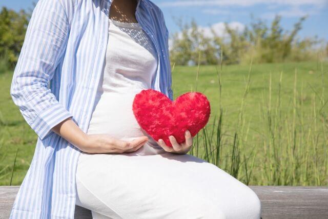 赤ちゃんを待ちわびる妊婦